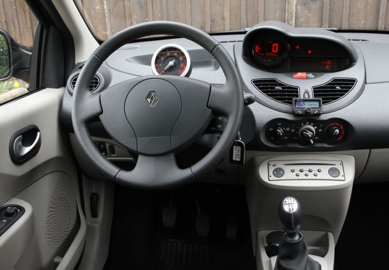 renault twingo 1.2 expression-pic. 2