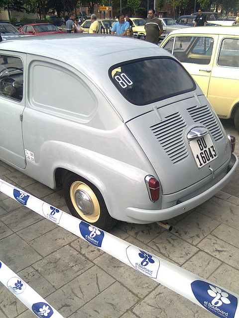 seat 600 comercial-pic. 2