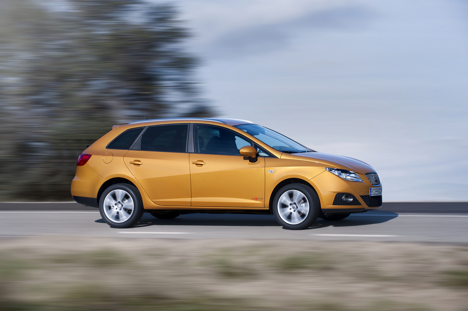 seat ibiza st 1 6 tdi cr photos and comments. Black Bedroom Furniture Sets. Home Design Ideas