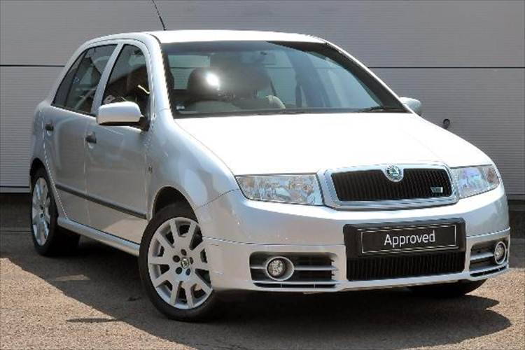 skoda fabia 1 9 tdi photos and comments. Black Bedroom Furniture Sets. Home Design Ideas