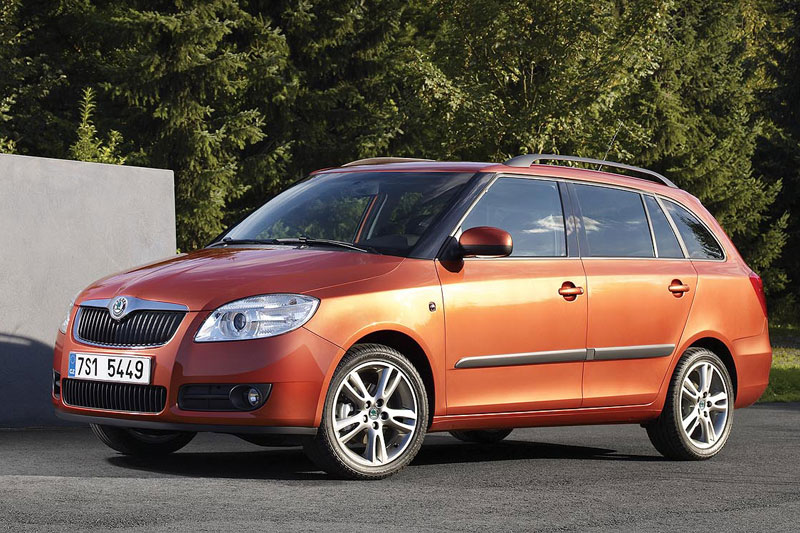 skoda fabia combi 1 4 tdi greenline photos and comments. Black Bedroom Furniture Sets. Home Design Ideas