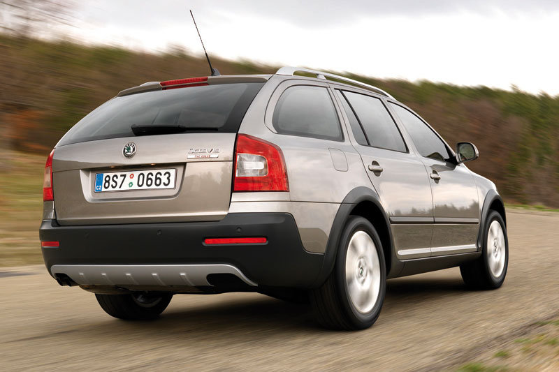 skoda octavia combi 1 8 tsi 4x4 photos and comments. Black Bedroom Furniture Sets. Home Design Ideas