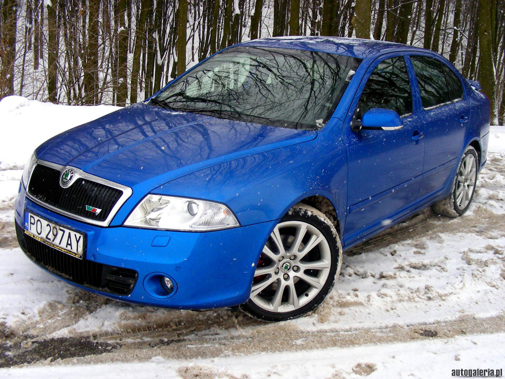 skoda octavia rs 2 0 tdi photos and comments. Black Bedroom Furniture Sets. Home Design Ideas