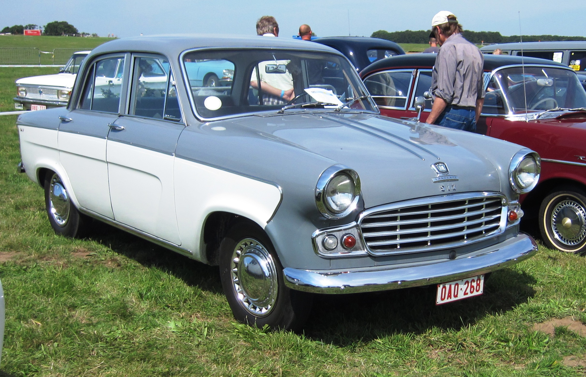 Standard Vanguard Six Photos And Comments Www Picautos Com