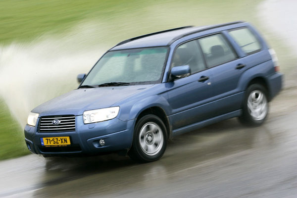 subaru forester 2.0 x comfort-pic. 2