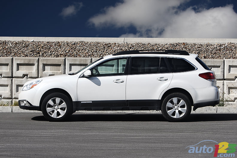 subaru outback 3.6r limited-pic. 3