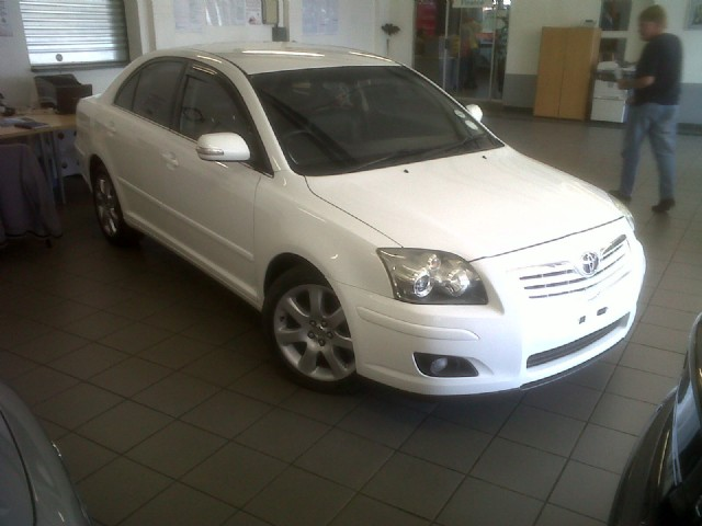 toyota avensis 2.0 advanced-pic. 3