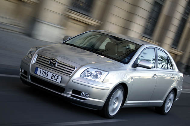 toyota avensis 2.0 d-4d executive-pic. 3