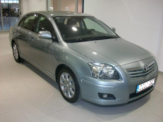 toyota avensis 2.0 executive-pic. 2