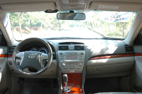 toyota camry 2.4 g-pic. 1