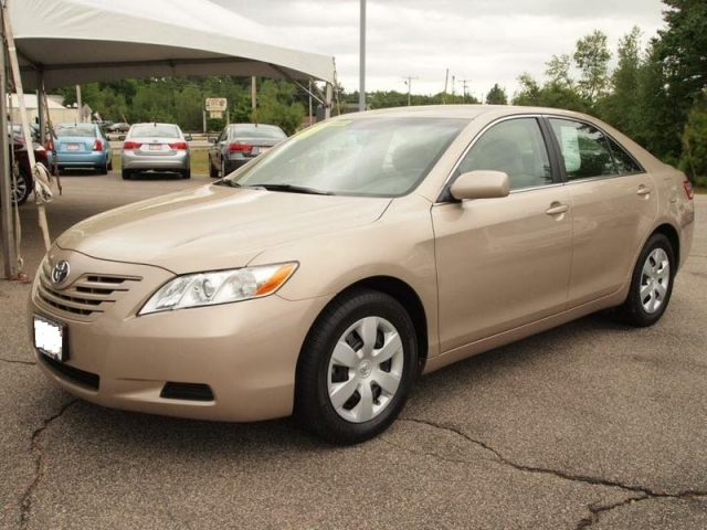 toyota camry 2.4 mt-pic. 2