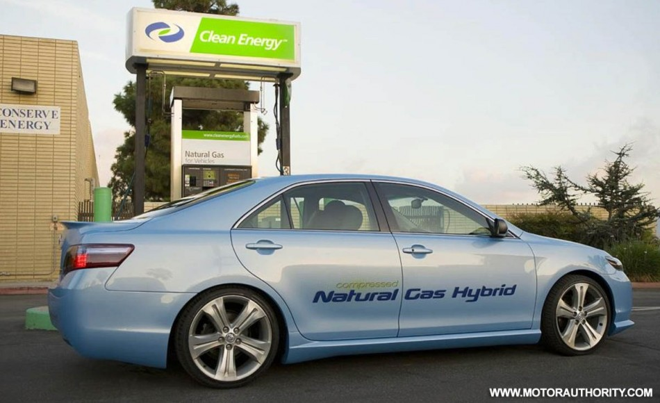 toyota camry cng hybrid-pic. 3