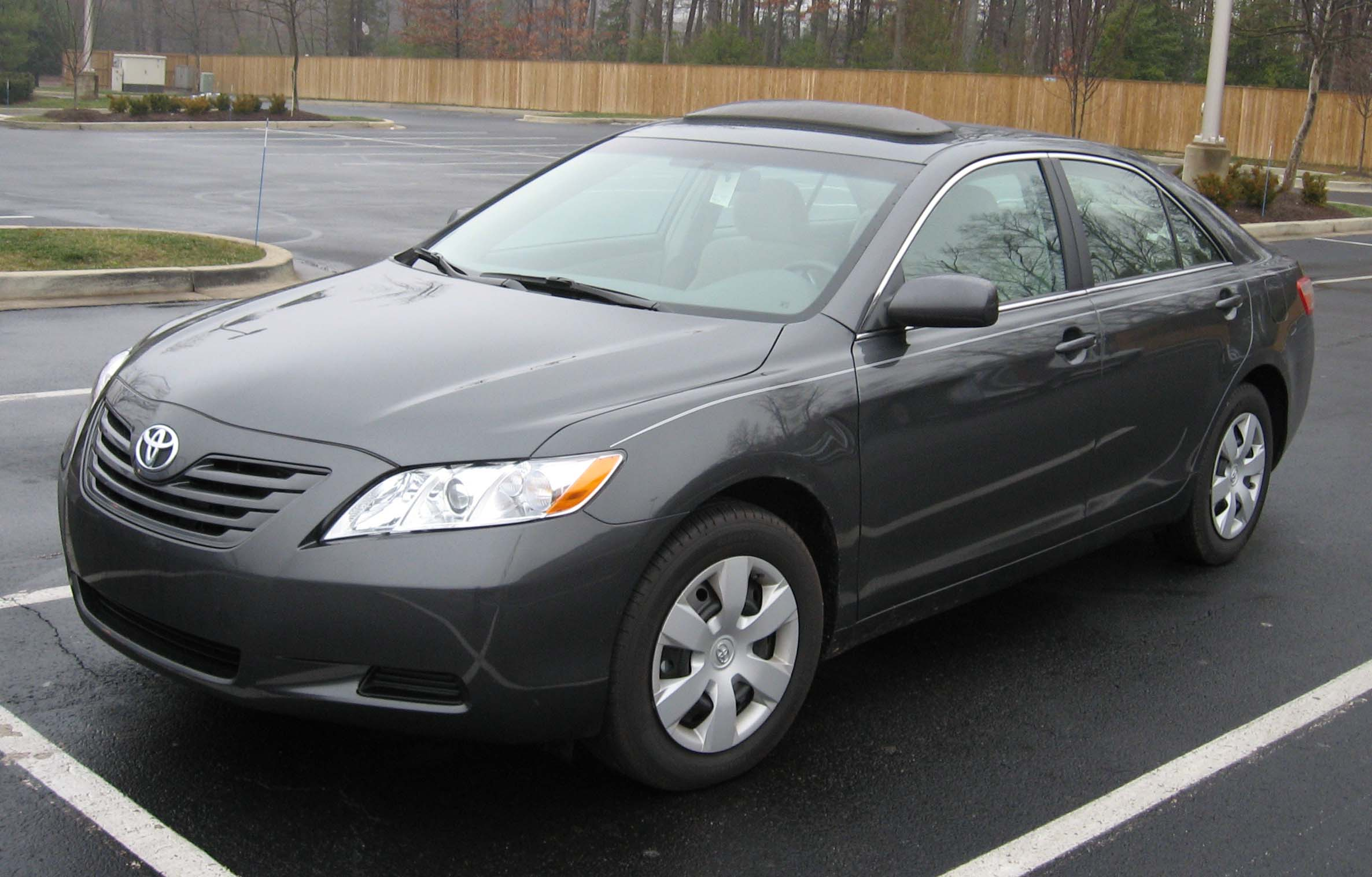 toyota camry le-pic. 1