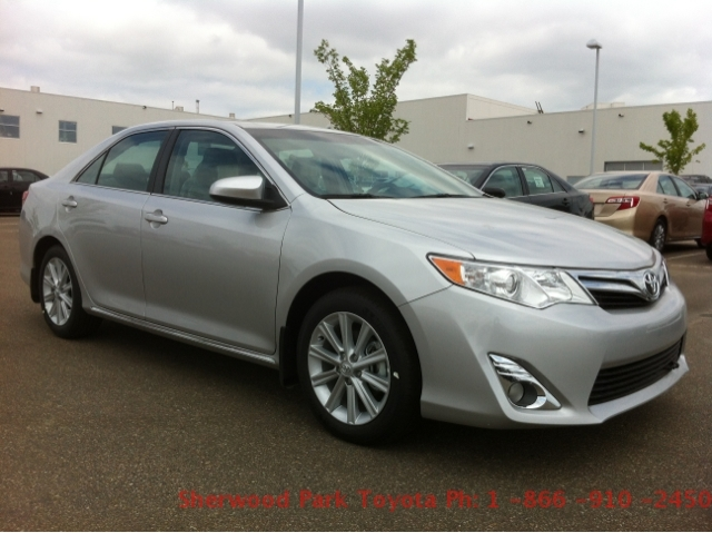 toyota camry standard-pic. 1