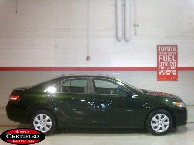 toyota camry standard-pic. 2