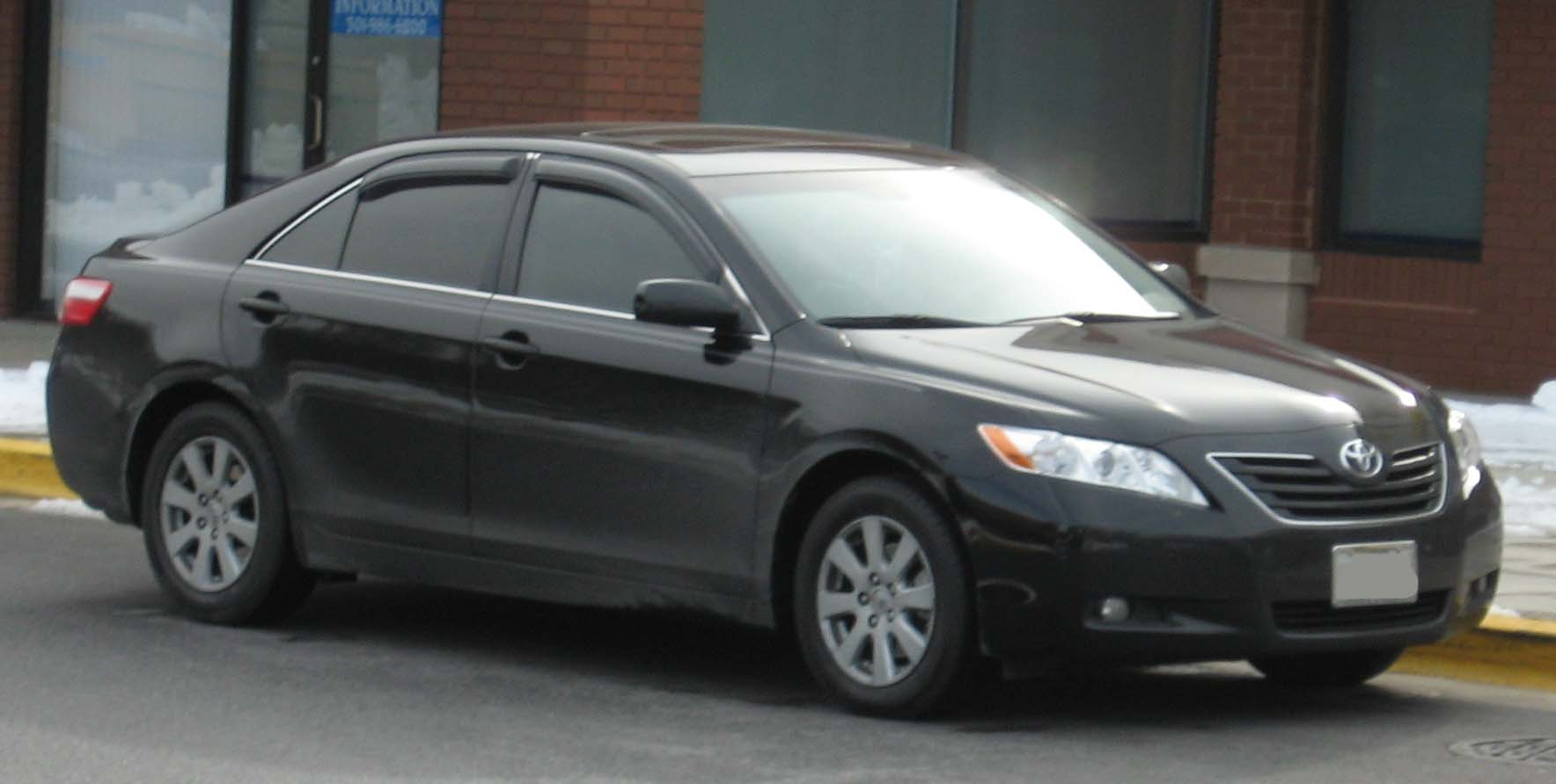 toyota camry xle-pic. 2