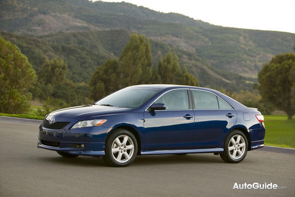 toyota camry xle v6-pic. 3