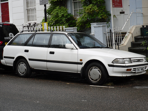 toyota carina estate #4