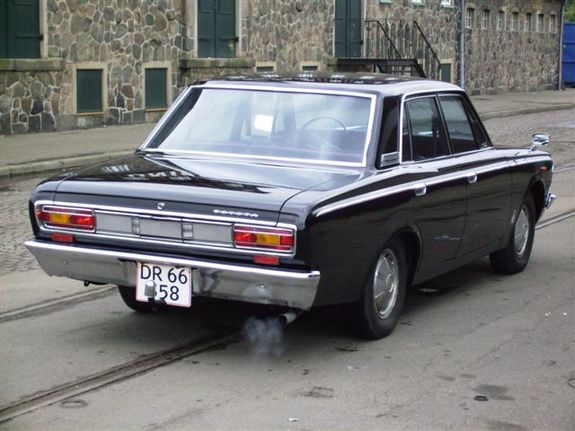 toyota crown 2300-pic. 2