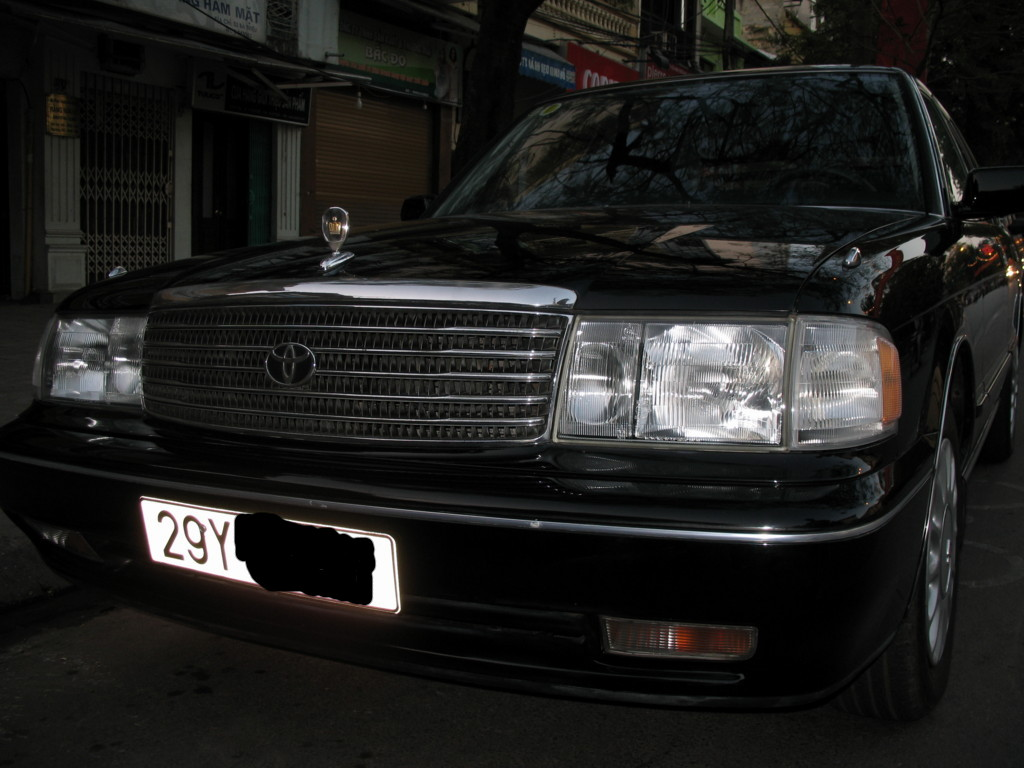 toyota crown 3.0-pic. 1