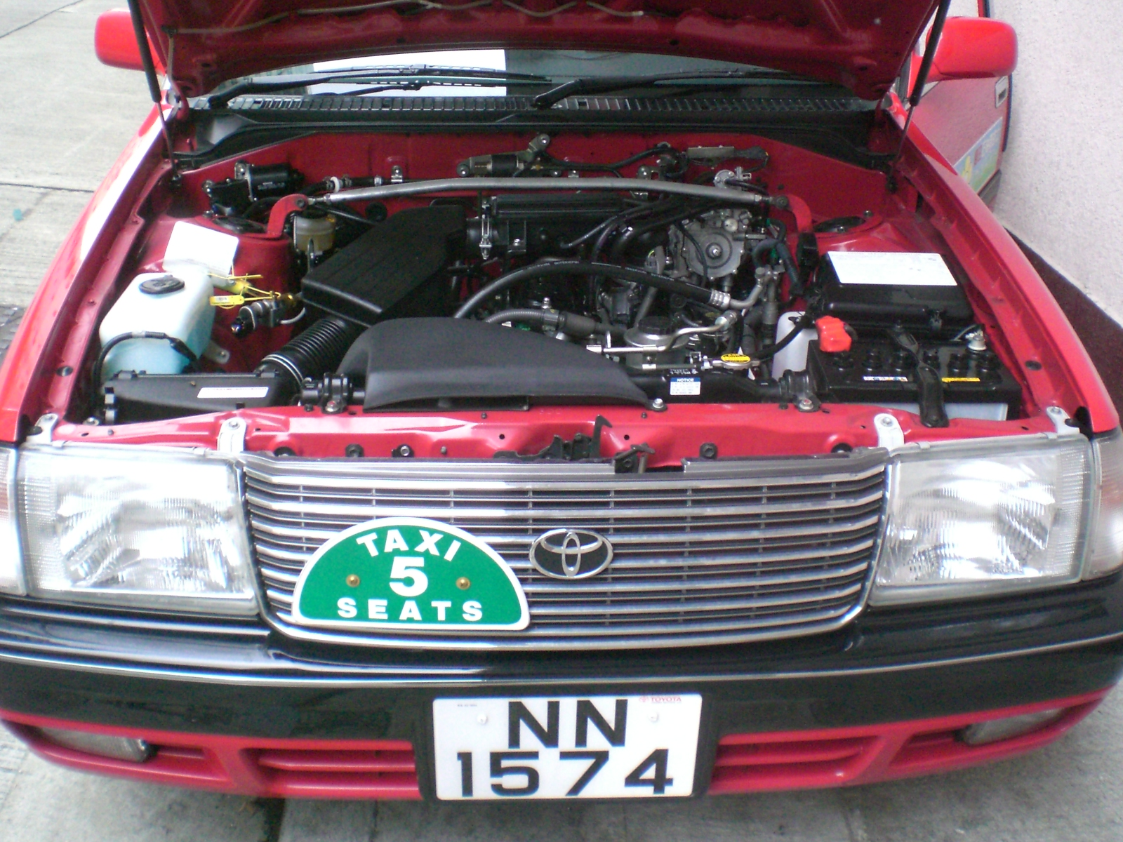 toyota crown confort-pic. 3