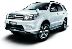 toyota fortuner 2.7 at #4