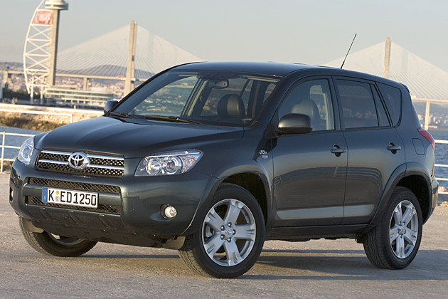 toyota rav 4 2 0 4x4 photos and comments. Black Bedroom Furniture Sets. Home Design Ideas