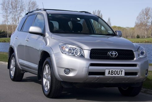toyota rav4 4x4 photos and comments. Black Bedroom Furniture Sets. Home Design Ideas