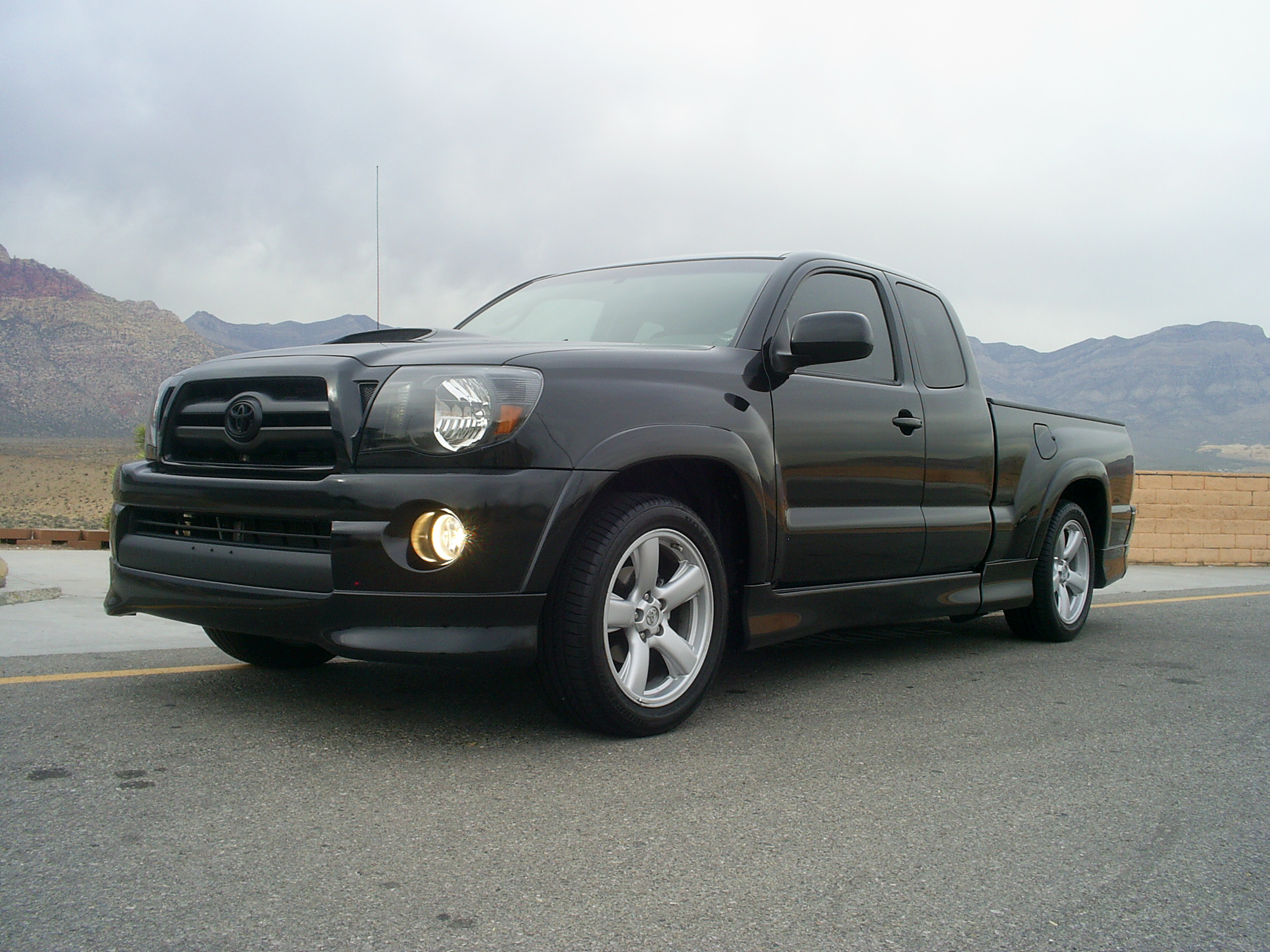 toyota tacoma x-runner-pic. 2