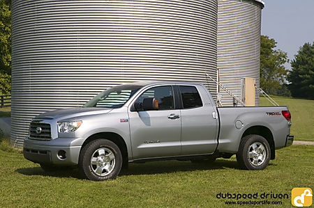 toyota tundra double cab-pic. 3