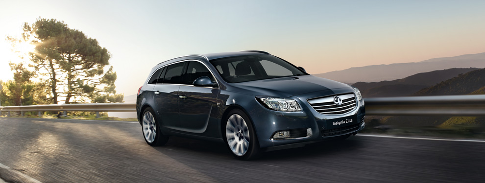vauxhall insignia sports tourer-pic. 1