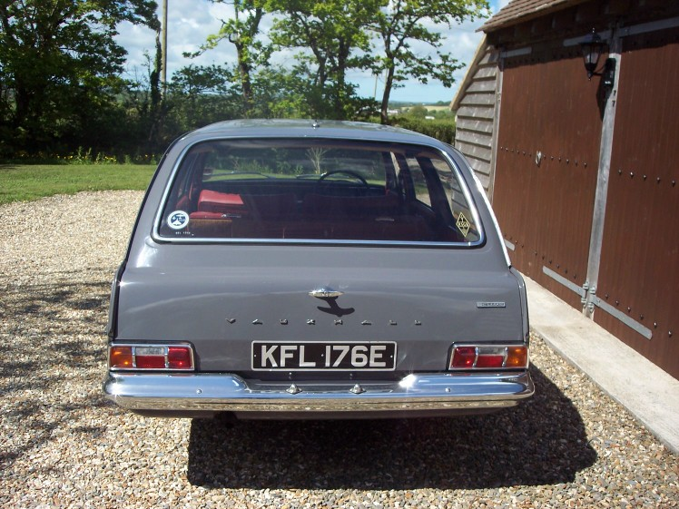 vauxhall victor 101 estate-pic. 3