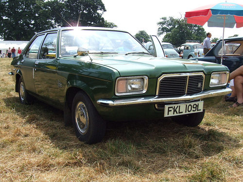 vauxhall victor 2300-pic. 3