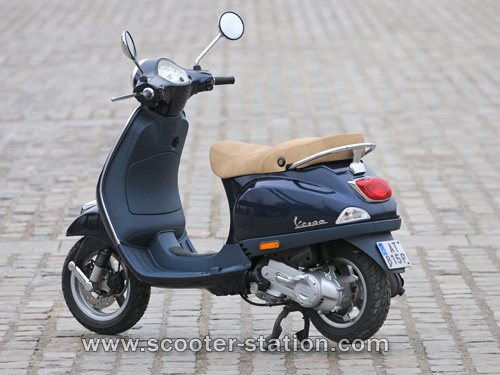 vespa lx 50 4t photos and comments. Black Bedroom Furniture Sets. Home Design Ideas