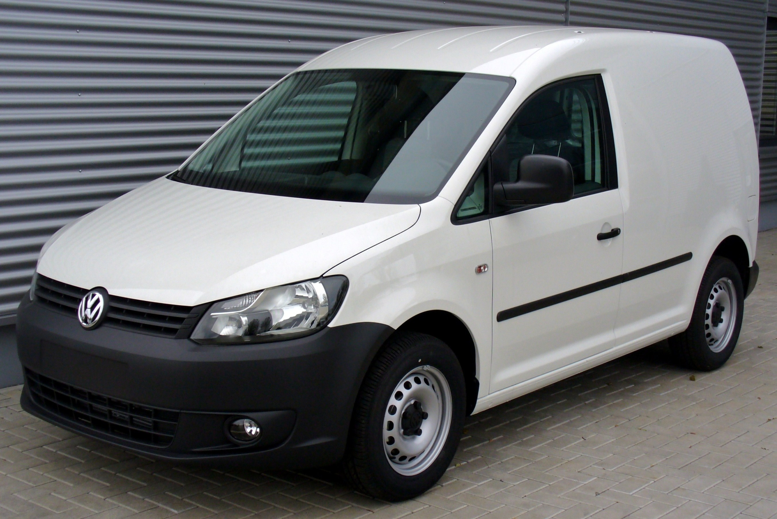 volkswagen caddy 1.6-pic. 1