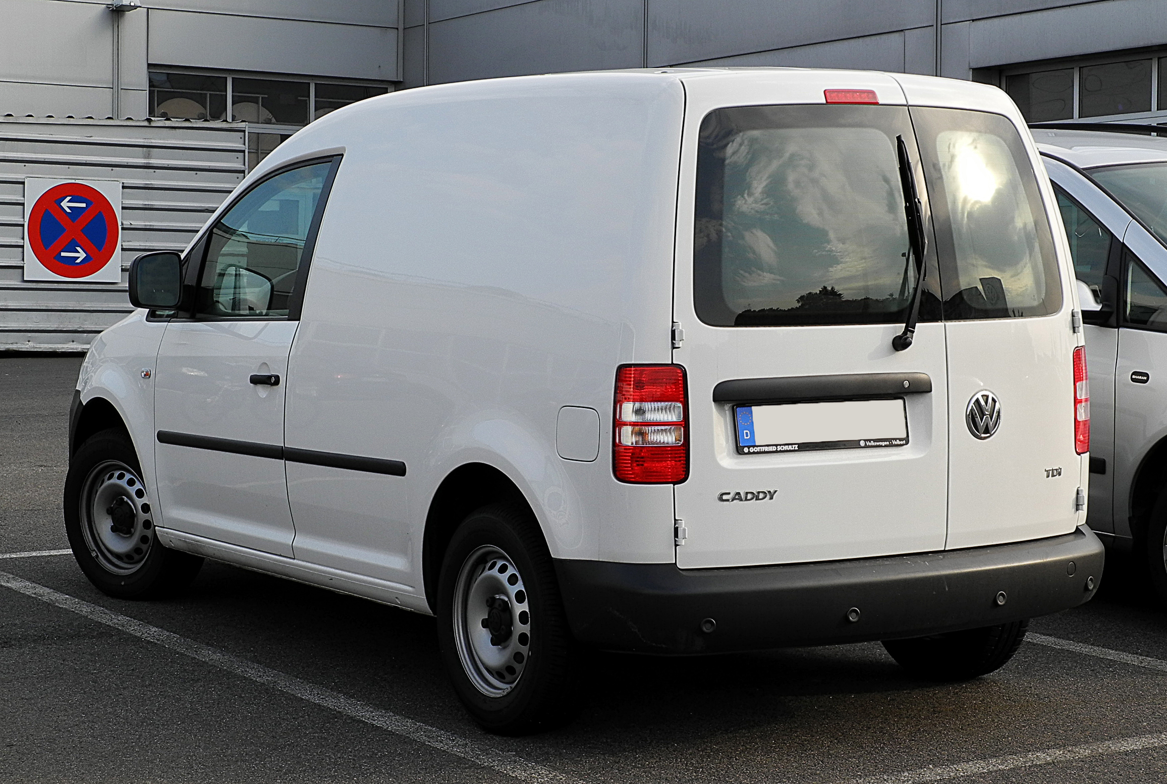 volkswagen caddy 1 6 tdi photos and comments www. Black Bedroom Furniture Sets. Home Design Ideas