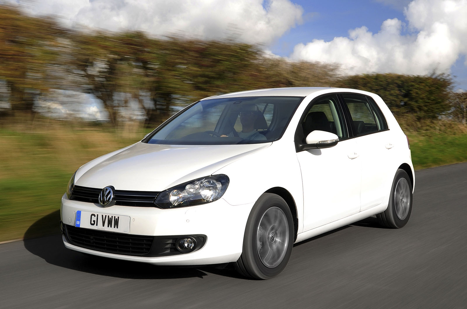 volkswagen golf 1 2 tsi photos and comments. Black Bedroom Furniture Sets. Home Design Ideas