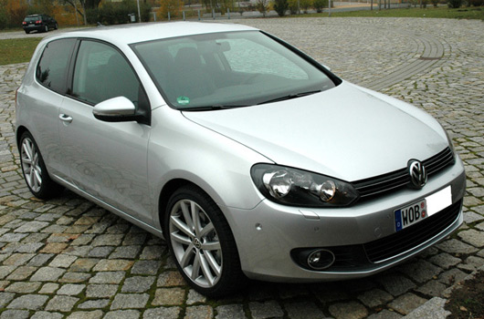 volkswagen golf 1 4 tsi dsg photos and comments. Black Bedroom Furniture Sets. Home Design Ideas