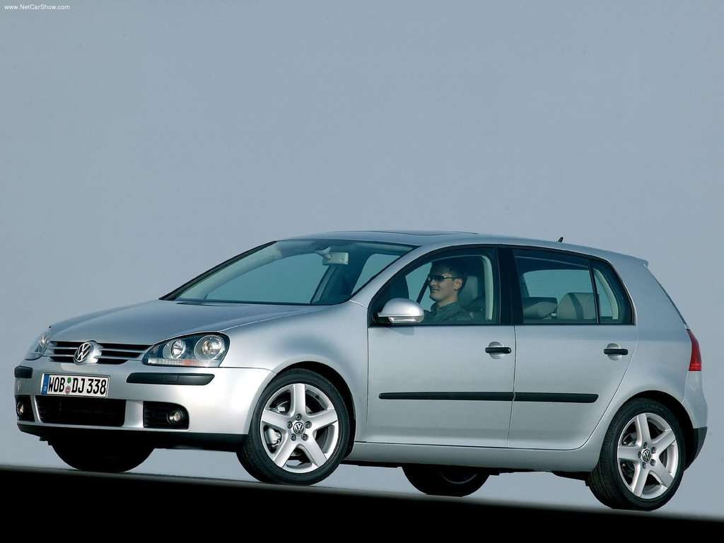 volkswagen golf 1 6 fsi photos and comments. Black Bedroom Furniture Sets. Home Design Ideas
