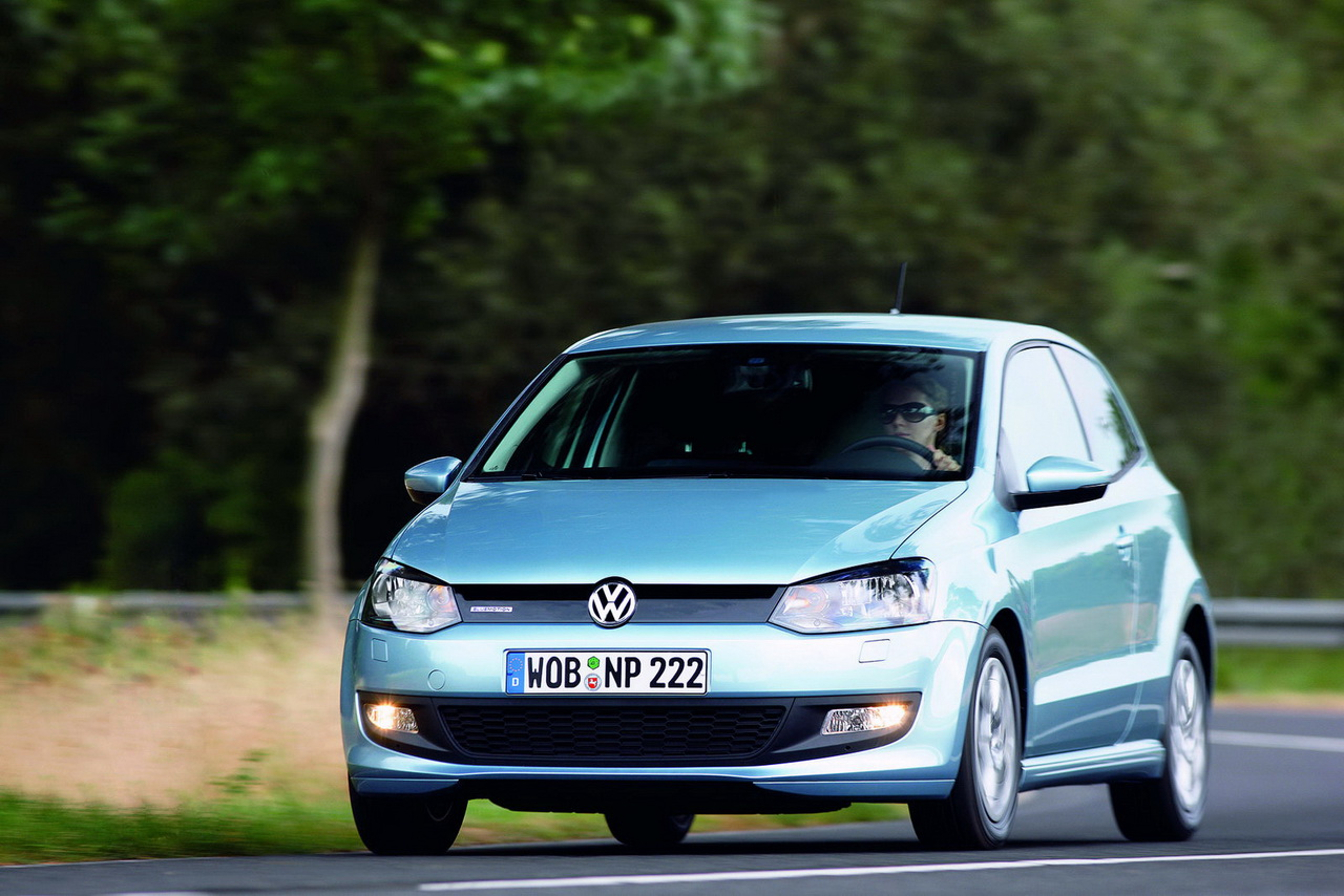 volkswagen polo 1 2 tdi bluemotion photos and comments. Black Bedroom Furniture Sets. Home Design Ideas