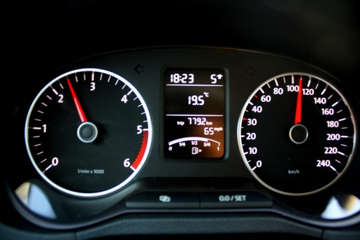 volkswagen polo 1.6-pic. 2