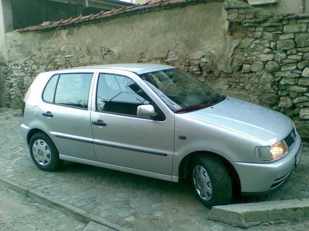 volkswagen polo 1.9 d-pic. 1