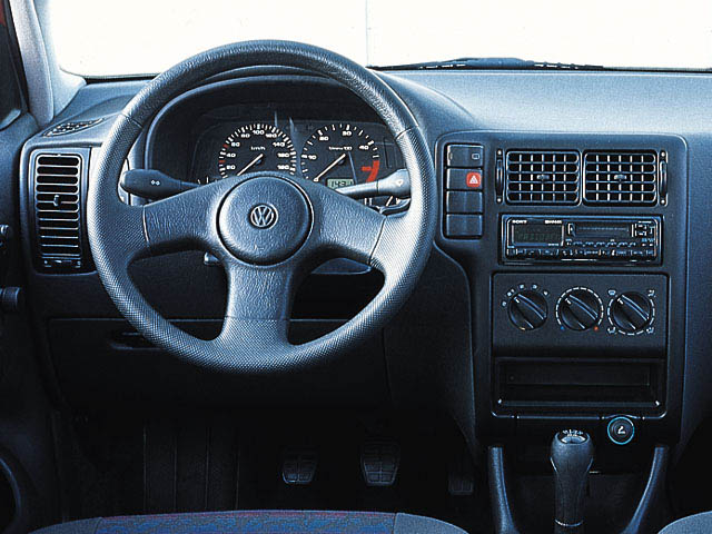 volkswagen polo 1.9 d-pic. 2