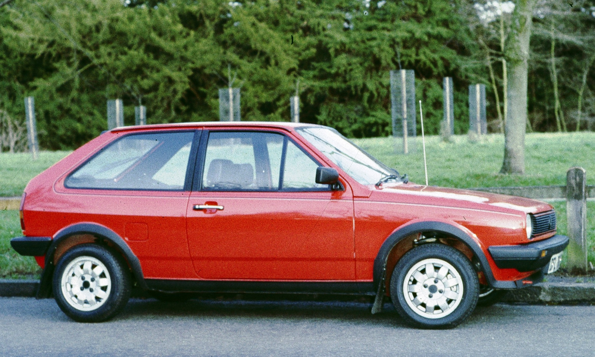 volkswagen polo coupe-pic. 2