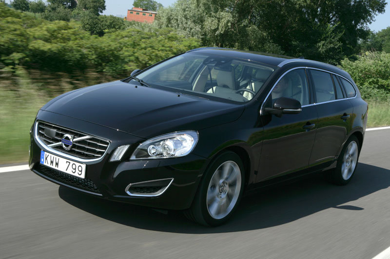 volvo v60 d5 photos and comments. Black Bedroom Furniture Sets. Home Design Ideas