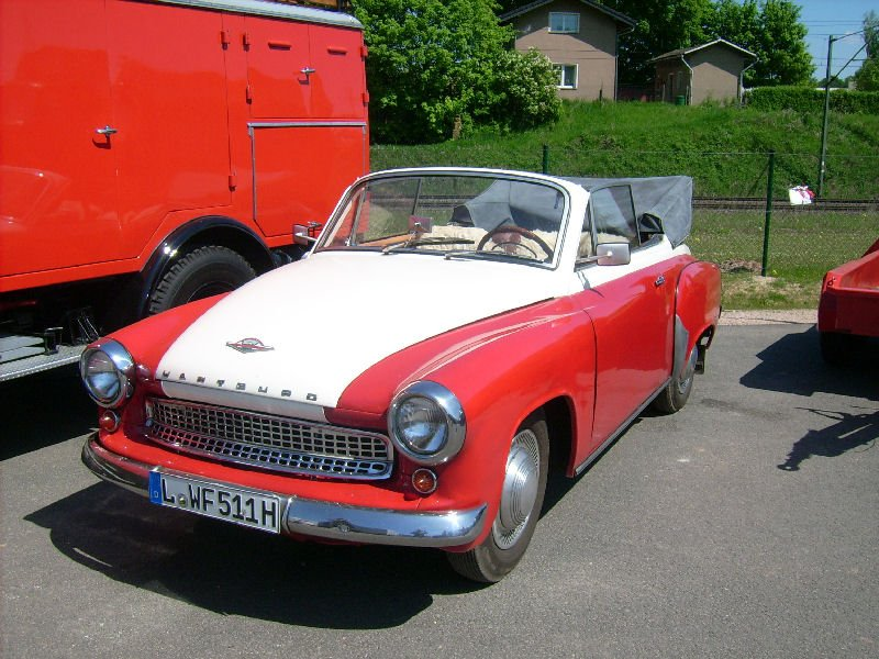 wartburg 311 cabriolet photos and comments. Black Bedroom Furniture Sets. Home Design Ideas