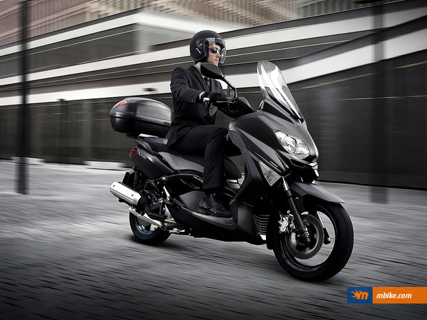 yamaha x-max 125 abs business-pic. 1