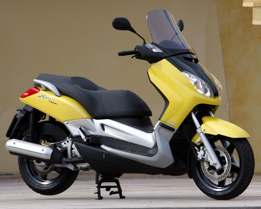 yamaha x max 250 photos and comments. Black Bedroom Furniture Sets. Home Design Ideas