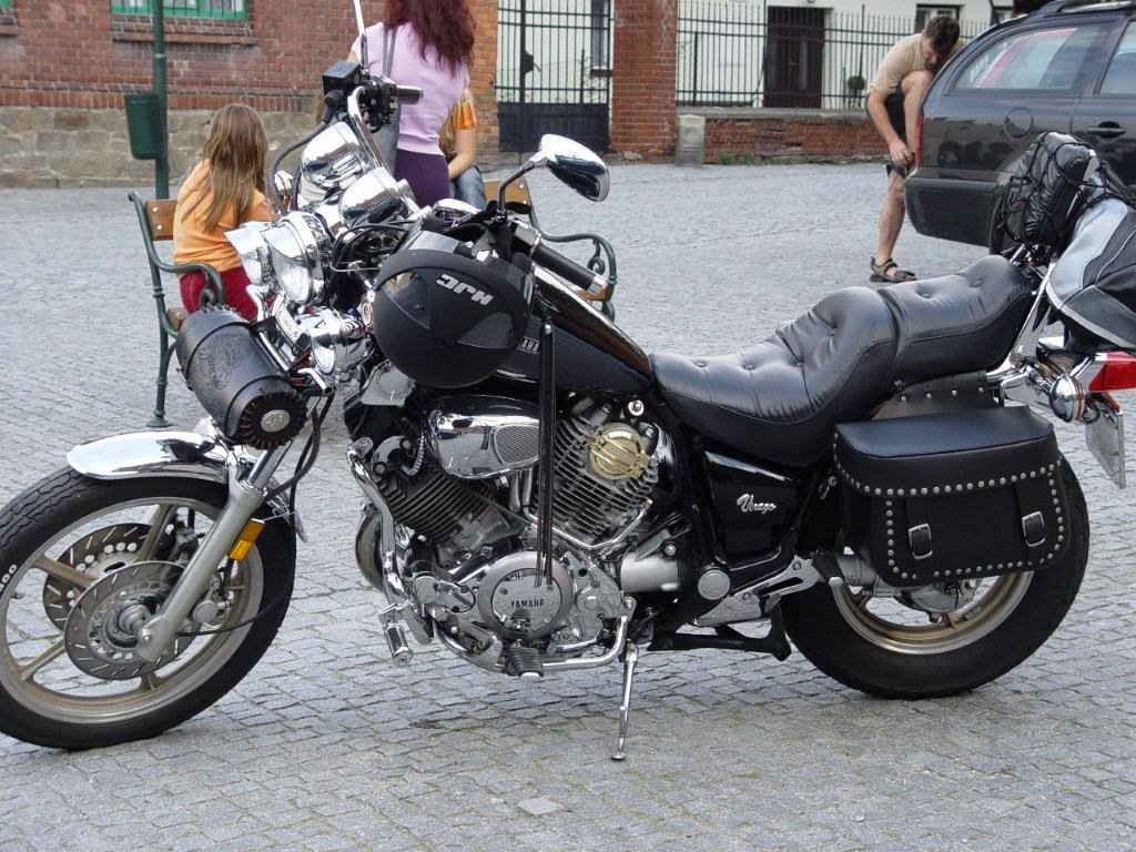 yamaha xv 1100 virago photos and comments. Black Bedroom Furniture Sets. Home Design Ideas