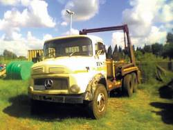 mercedes-benz lak 2624